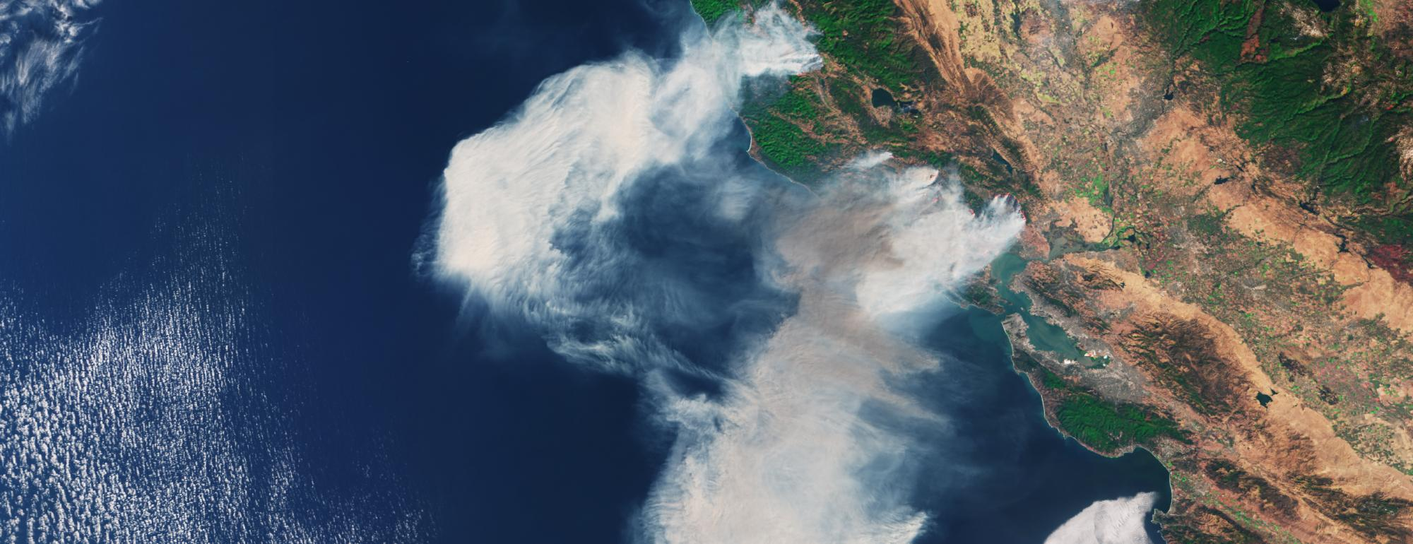 Satellite image of wildfire burning Northern California in 2017